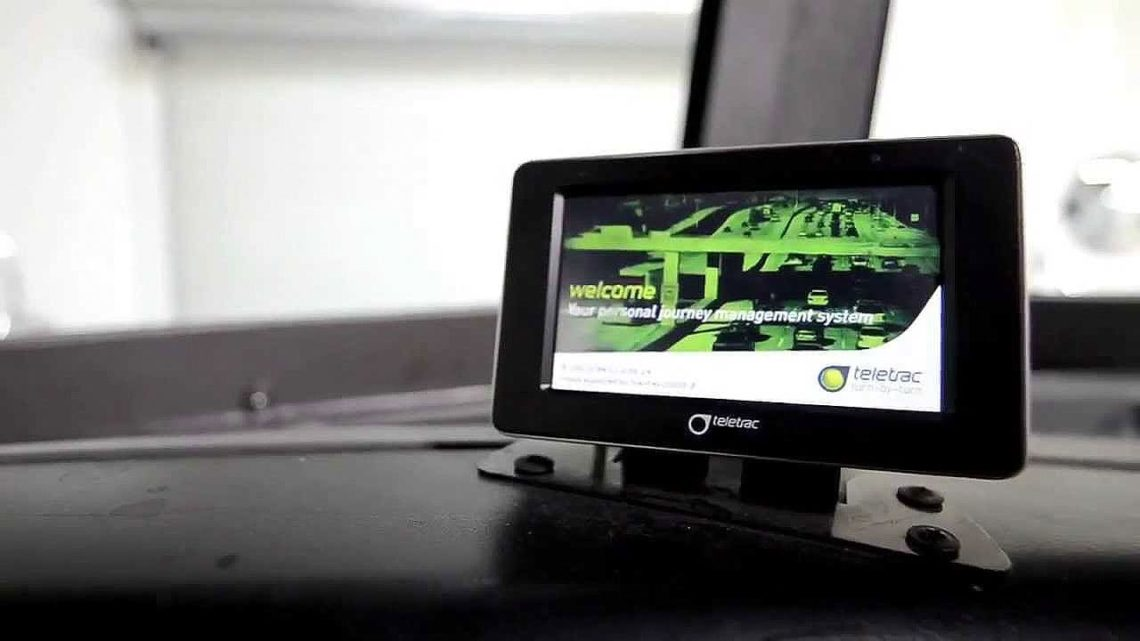 Teletrac ELD Inside a Vehicle